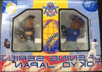 2000 Japan Opening Series Mike Piazza & Sammy Sosa Figurines