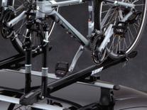 2013 Dodge Dart: Bicycle Carrier, Roof-Mount-Thule TC517PEL