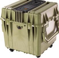 Pelican 340 Watertight Protector 18in Cube Case w/ Wheels -