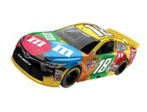 Lionel Racing Kyle Busch #18 M&M's 2016 Toyota Camry NASCAR