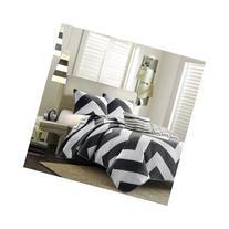 Reversible Modern Black White Chevron Quilt Bedding Set with