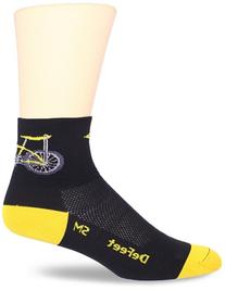 DeFeet Men's Aerator Banana Bike Sock, Black, Large