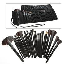 Science Purchase 78VK14322 32-Piece Black Cosmetic Makeup