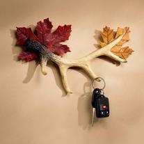 Antler 4 Key Holder With Maple Leaves