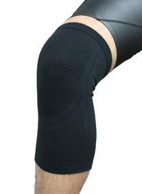 Phiten Aqua Titanium Knee Support, Black, Small/Medium