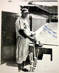 Chicago Cubs 1945 MVP Phil Cavarretta Autographed/Signed