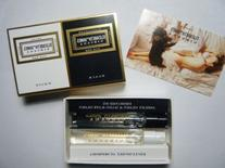 Nirvana White Rollerball & Lip Set