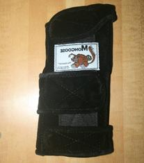 "Mongoose ""Equalizer"" Bowling Wrist Support Right Hand,"