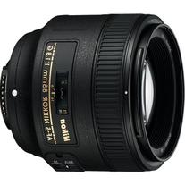 Nikon AF FX NIKKOR 85mm f/1.8G Fixed Lens with Auto Focus