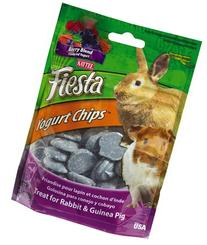 Kaytee Mixed Berry Flavor Yogurt Chips for Rabbit and Guinea