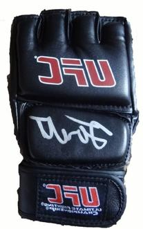 Forrest Griffin Autographed UFC Training Fight Glove W/PROOF