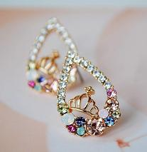 Buyinhouse Golden Heart Shaped Ear Stud with a Cute Crown