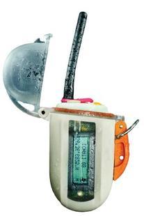 Nautilus Lifeline GPS VHF Safety Radio, White