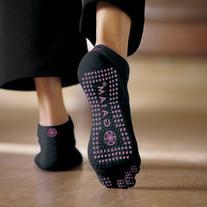 Gaiam Grippy Yoga Socks, Pink, Small/Medium