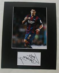 LUIS SUAREZ Barcelona Photo/Signed Index Card Matted Display