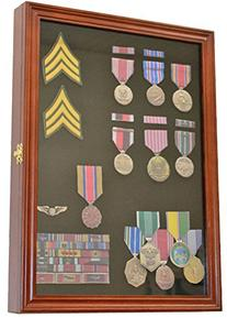 Military Medals, Pins, Patches, Insignia, Ribbons Display
