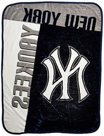 The Northwest Company MLB New York Yankees Strike Raschel