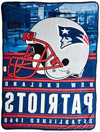 The Northwest Company NFL New England Patriots Stacked Silk