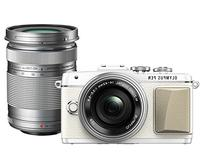 Olympus PEN Lite E-PL7  with 14-42mm EZ and 40-150mm Lens