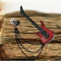 Rhinestone Guitar Brooch