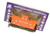 RMT CAB251 Southern Lighted Caboose w/ Marker Lights &