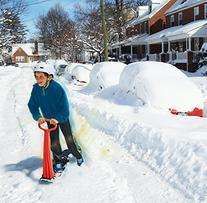GeoSpace Original LED Ski Skooter: Fold-up Snowboard Kick-
