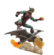 Diamond Select Toys Marvel Select: Green Goblin Action