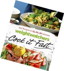 Weight Watchers Cook it Fast: 250 Recipes in 15, 20, 30