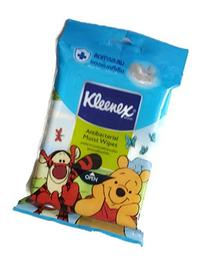 The#1 Wet Tissue Winnie the Pooh Pattern Anti Bacterial Hand